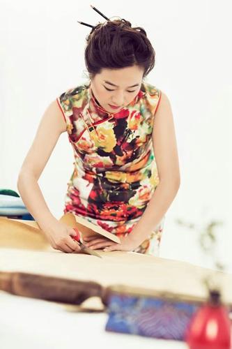 季月琴:让传统手工旗袍重获新生