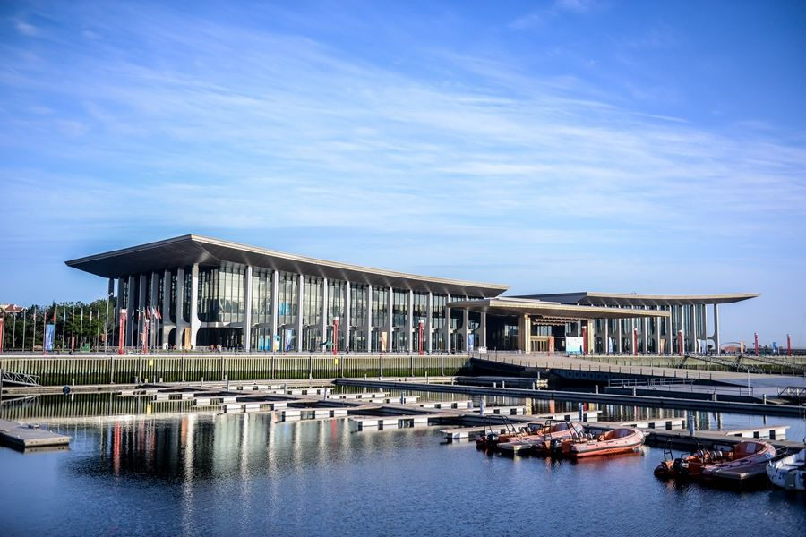 万众瞩目的上合青岛峰会圆满落幕,作为当之无愧的青岛新城市会客厅:上