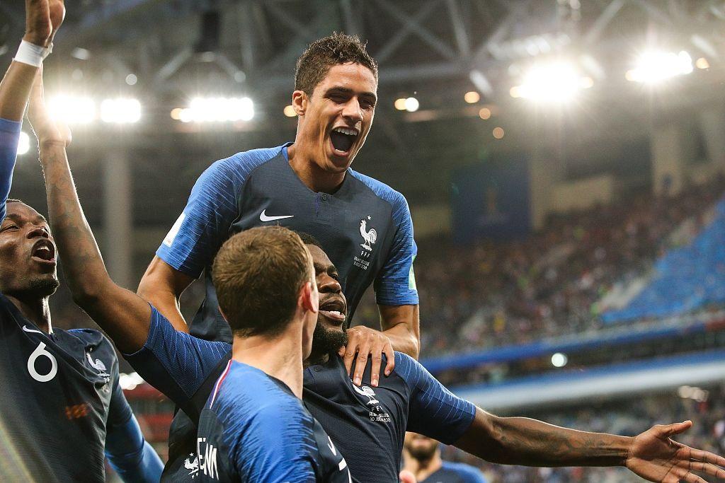 世界杯-杀进决赛!法国1-0比利时 铁卫头槌洛里献神扑