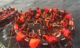 情侣亲历泰国游船倾覆:男生救4人 失踪12小时获救