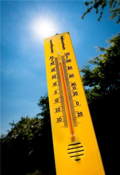 热到与太阳肩并肩,四大必知保养Tips,了解一下?