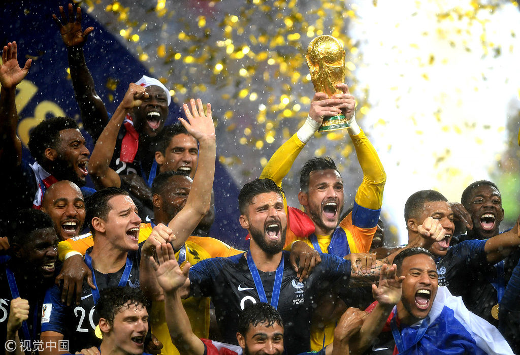 世界杯-时隔20年再夺冠!法国4-2克罗地亚 魔笛获金球奖