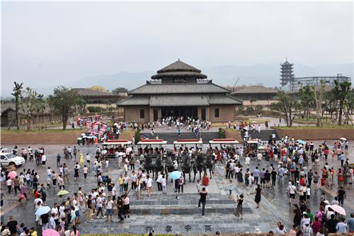 开园试营13天 25万游客体验陕西宝鸡中国周原景区周文化