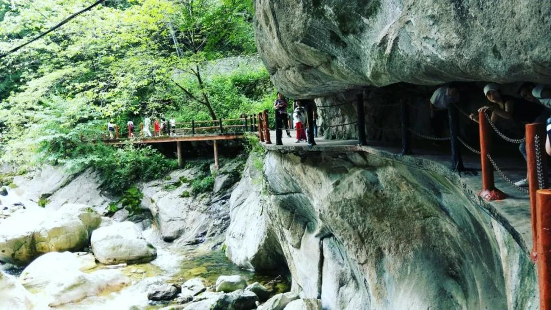 太平国家森林公园作为西安市重要的旅游景点,在古时便是唐王消夏之所
