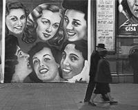 艾略特·厄威特:隐藏在照片背后的那些克制与幽默