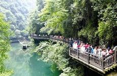 """暑期旅游""""热浪""""袭来 7-8月旅游者达10亿人次"""