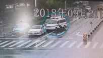 """为追捕欠199万驾奔驰车逃跑老赖 法官上演""""警匪马路追逐战"""""""