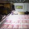 我國印鈔廠天天印錢的工人,一個月的工資有多高?