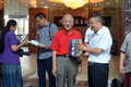 10余名国内文化艺术名家来赣州捐赠书籍