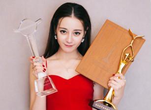 [idolife]热巴金鹰奖全满贯却被群嘲?