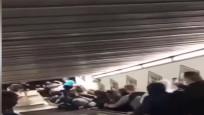 """实拍自动扶梯变""""滑梯""""飞速向下滚动 人群倒成一片"""