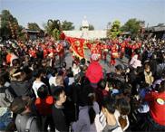 十月黄金月 清明上河园单月游客接待量突破70万人次
