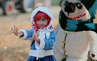 《英雄联盟》韩国小女孩Cosplay冰霜烈焰安妮