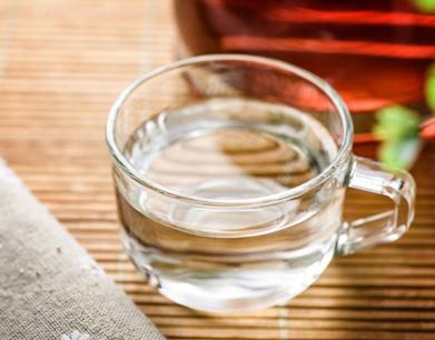 喝水也会影响血糖!营养科医生:孕妇应该这样喝水