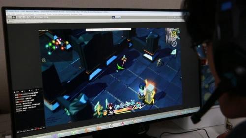 从育碧出来的游戏制作人靠直播养活团队?江苏卫视直播回放