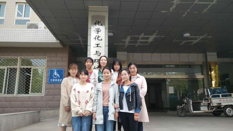 """河南工业大学再现""""学霸宿舍"""" 俩宿舍8人全考上研究生"""