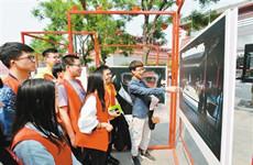 曲江新区举办系列活动 邀志愿者共同度过难忘青年节