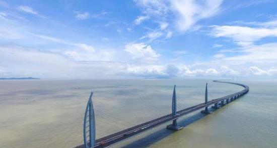 香港:暑假旅游團價格或升近1成 高鐵及大橋團搶手