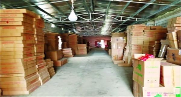 廣州增城警方查獲非法煙花爆竹逾7200箱