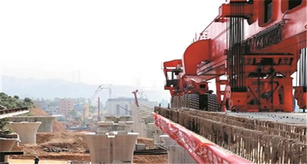 赣深高铁东莞段箱梁架设成功 预计明年3月铺轨