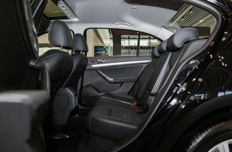 大众朗逸2017款最新报价 1.6l现车活动特价抢购中