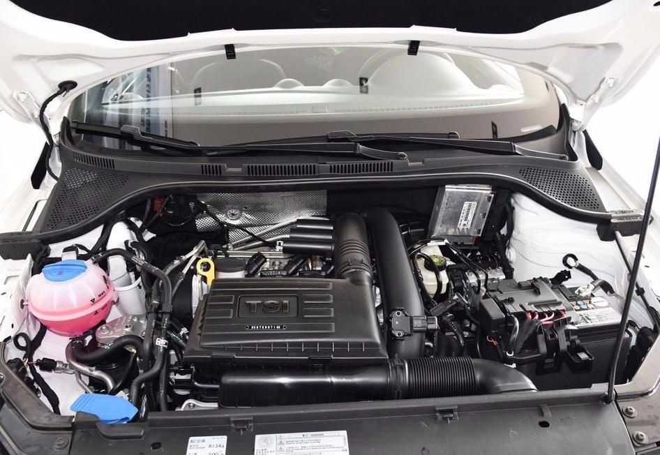 4l发动机仅匹配5 速手动变速器,1.
