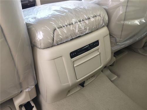 购车咨询热线:15900213250谭成(同微信)