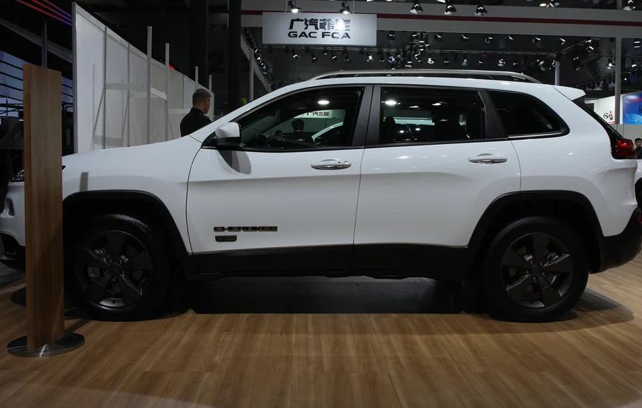 17款吉普jeep光最低报价_活动限时