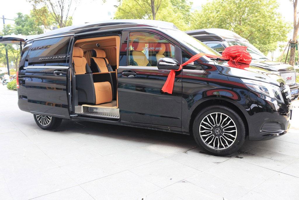 奔驰v260l改装尊贵加长版多少钱  联系电话: 15088779054