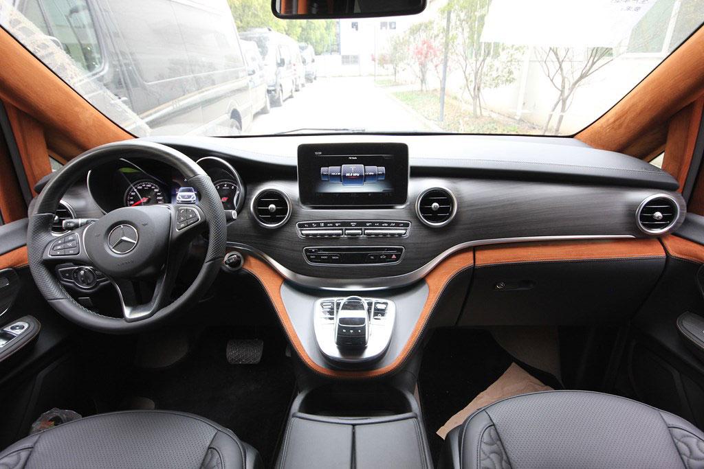 建德奔驰v260改装7座商务车配置