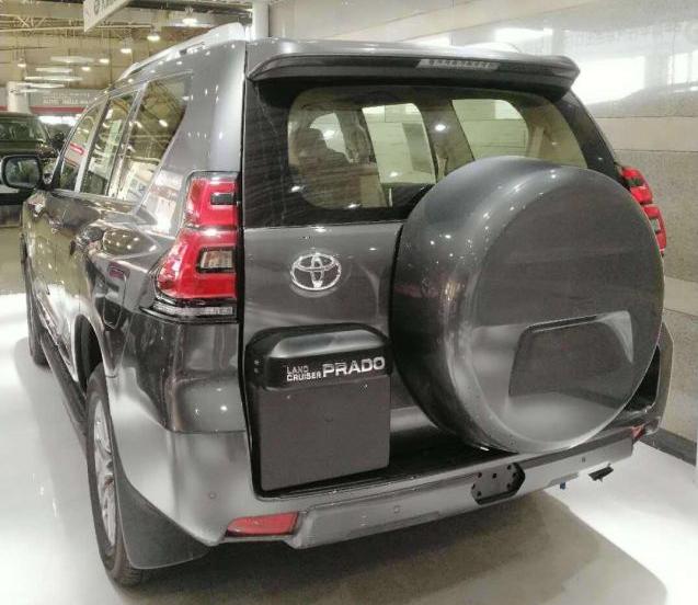 2019款丰田中东版普拉多4000购车热销:157-1103-9114 易经理 微信:YGL19920513