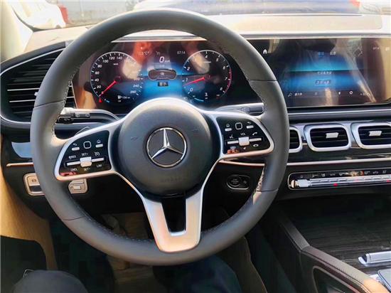 全新奔驰GLE350打造年轻人动感座驾