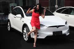 特斯拉Model X来了 车主喜欢它什么?
