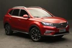 最红中国品牌SUV 荣威RX5对吉利博越