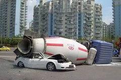 安全意识,是开车人一场生死必修课!