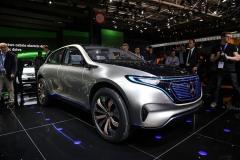 新车图解:奔驰EQ概念车 超快速充电
