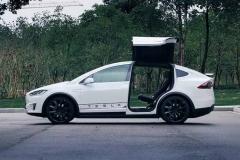 试驾Model X 可能是最接近未来的SUV
