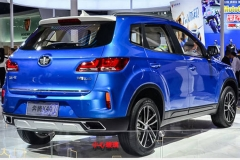 一汽奔腾新小型SUV-X40 明年3月9日上市