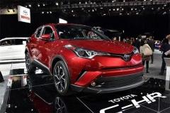 外观造型犀利的丰田C-HR要上市 油耗真的那么低?
