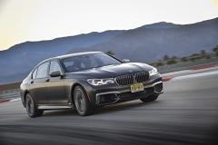 试驾BMW M760Li xDrive 享于物质之上