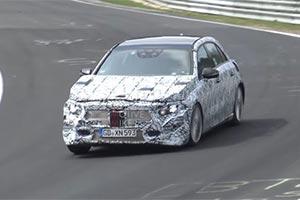 新一代梅赛德斯-奔驰GLA纽博格林测试谍照曝光