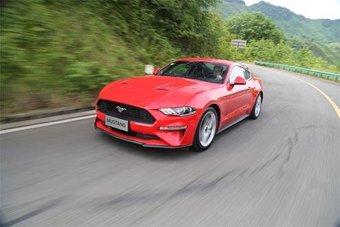 爱上一匹野马 试驾新福特Mustang 2.3T
