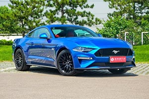 爱上一匹野马 实拍新福特Mustang 2.3T