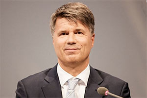 宝马CEO科鲁格:德国当前电动车补贴幅度不够