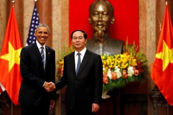美国总统奥巴马周一表示解除对越南武器禁运与中国无关。(网页截图)