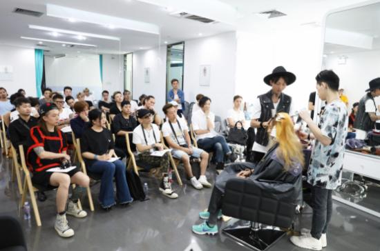 美丽元&Godhands第一期发型师培训顺利举办骚聊客服情趣用品图片
