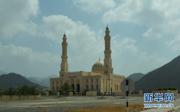 新建不久的清真寺(图片由作者提供)