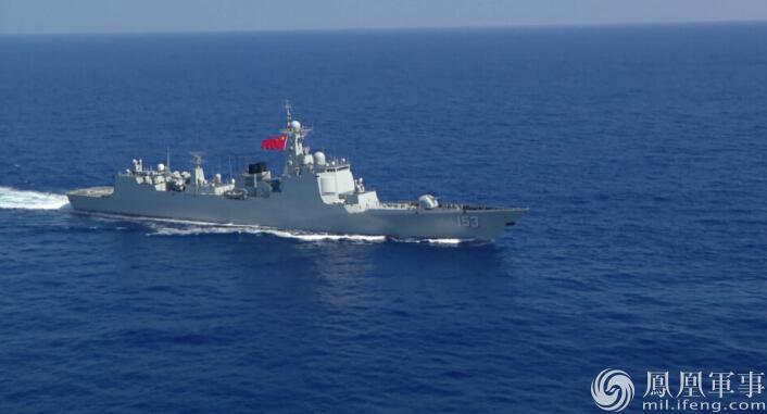 直击环太之四:中美神盾舰编队 中国军官登上美舰