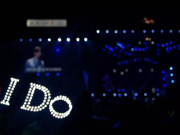 李宇春?刘亦菲?演唱会到底凭什么让四万观众哭成狗