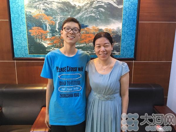 吴晓阳和自己的母亲